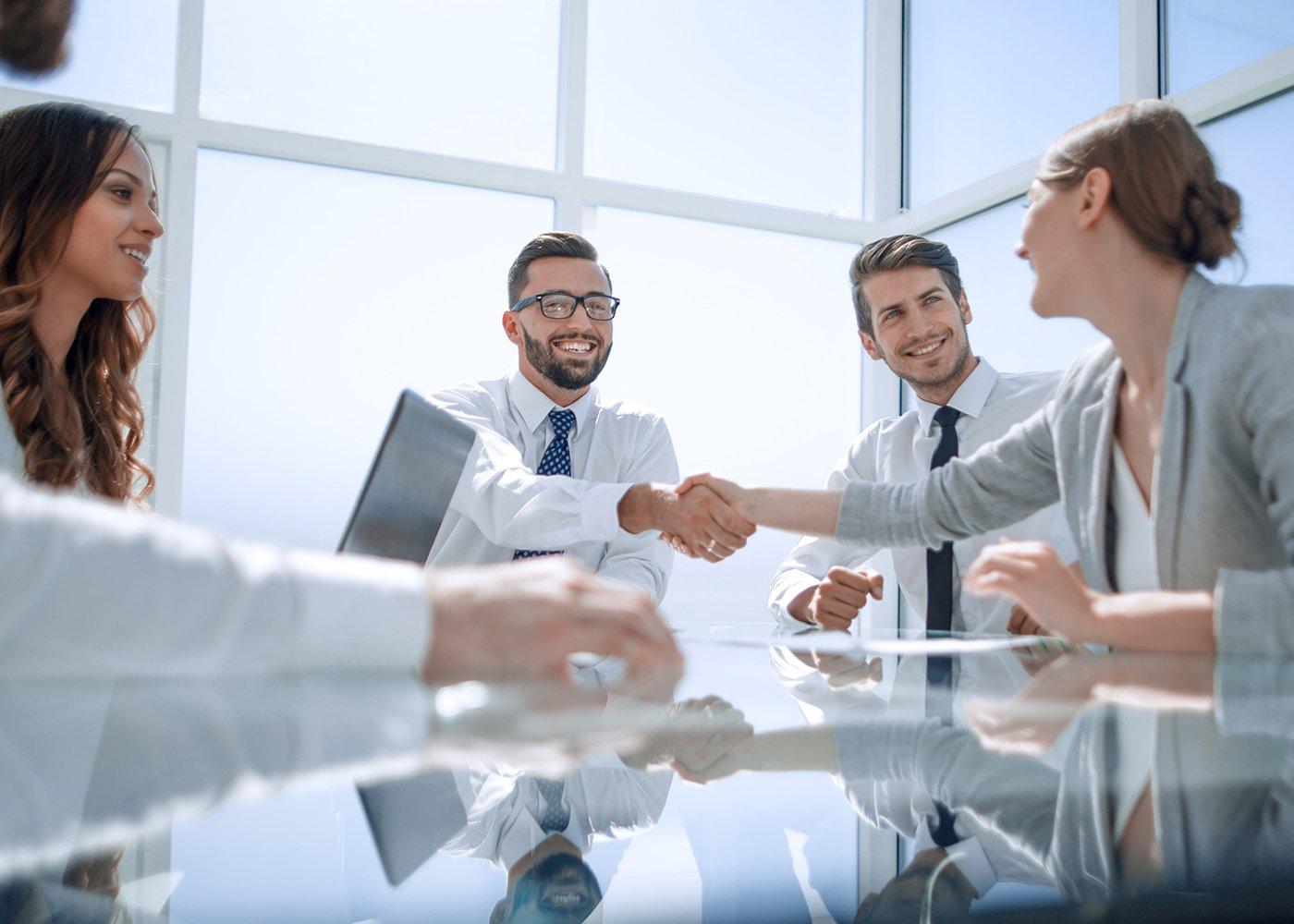 ¿Qué es y cómo funciona un traspaso de negocios?